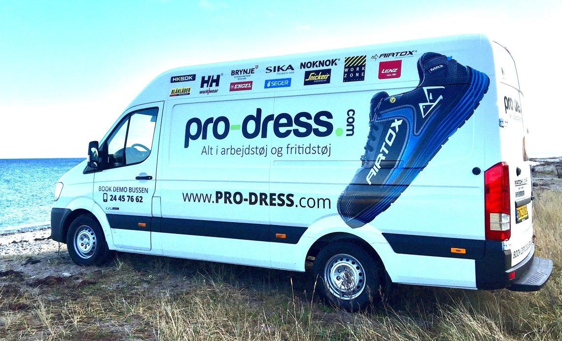 Pro-dress bussen